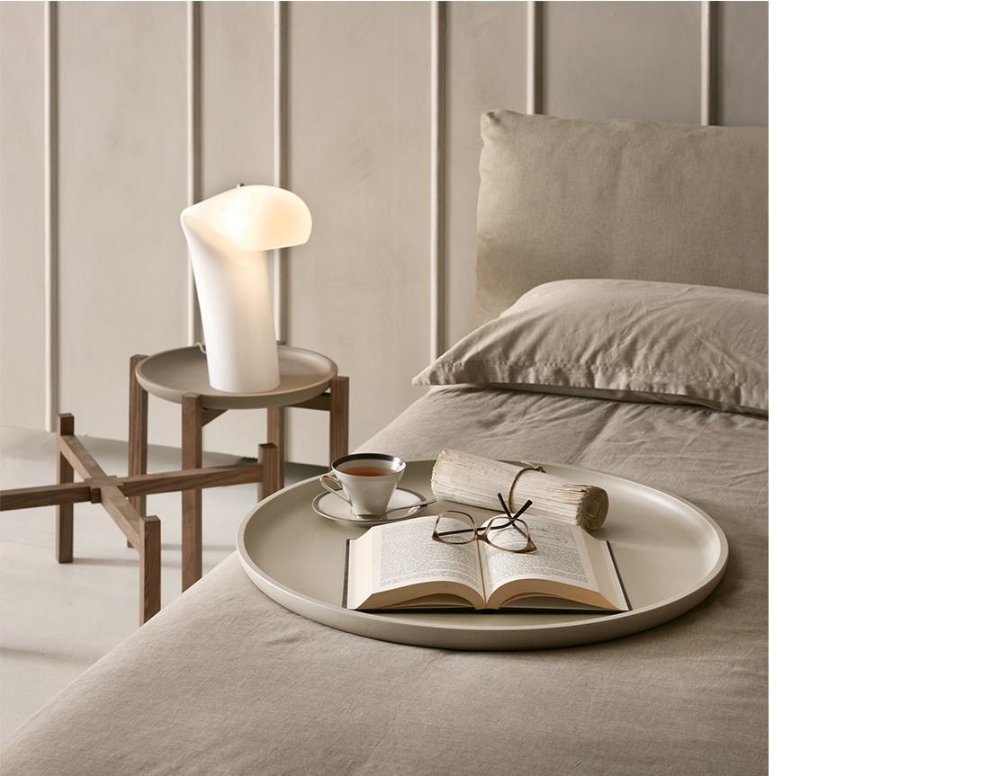 gong, tavolino pacini e cappellini