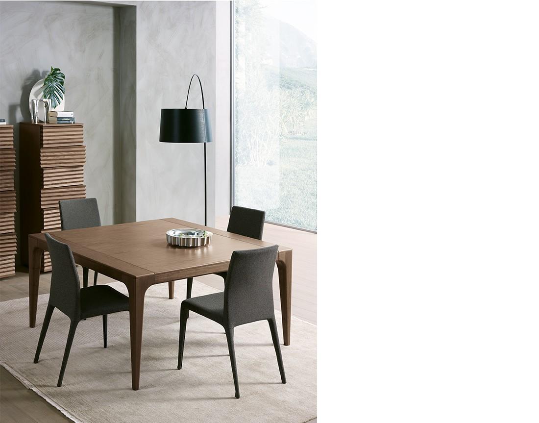 Fashion:  tavolo da pranzo quadrato piano legno  | Fashion: square dining table with wooden top