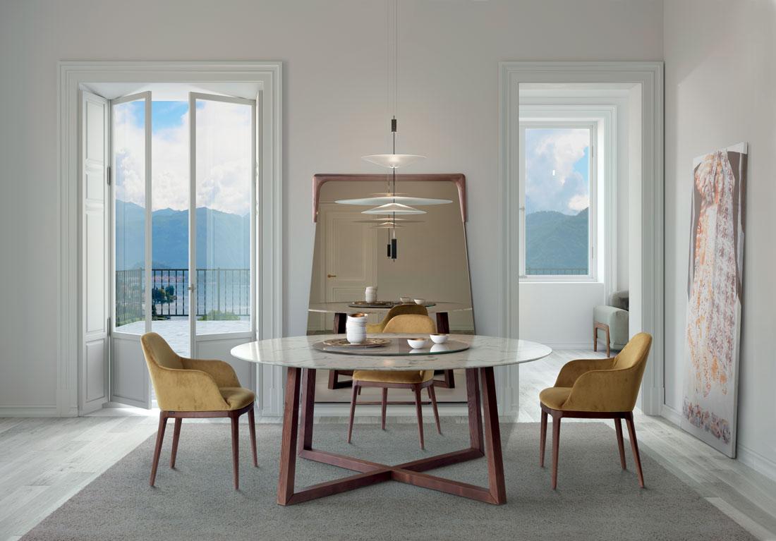 Aliante: tavolo da pranzo con piano in vetro / Aliante: dining table with glass top