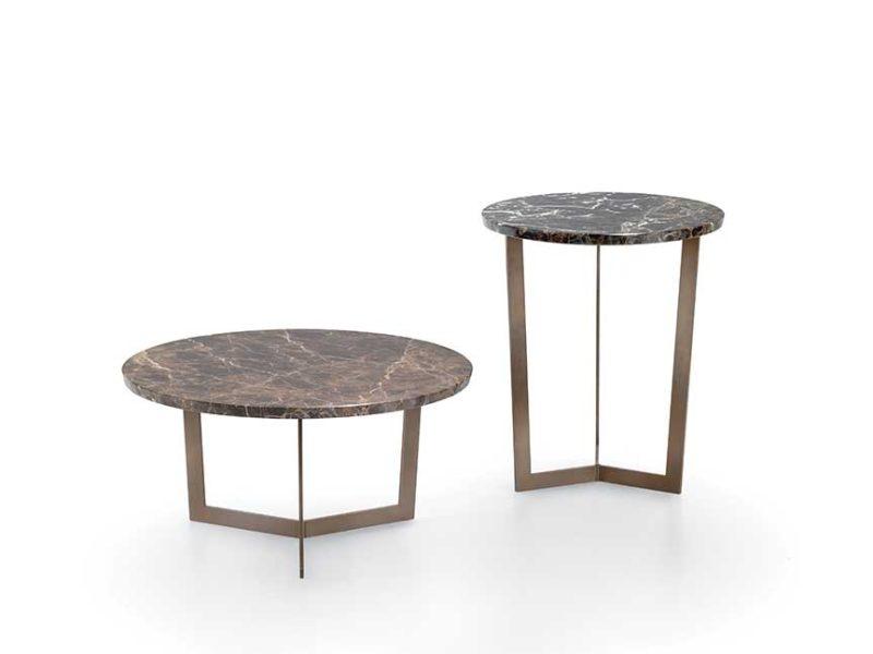 Paris-tavolini-rotondi-con-struttura-in-metallo-verniciato-e-piano-in-marmo-lucido-naturale | Paris-round-tables-with-structure-in-painted-metal-and-top-in-natural-glossy-marble