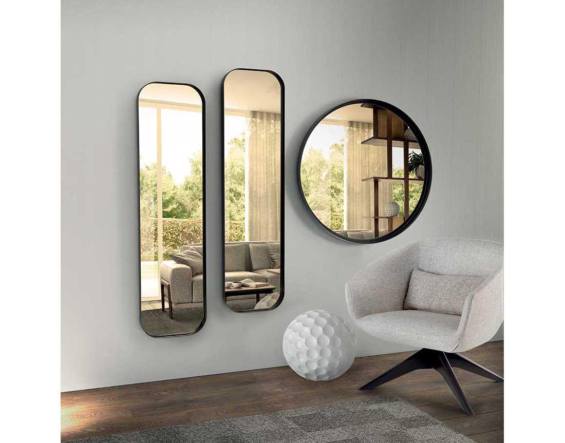 poltroncina Mya e specchi Ron | Mya armchair and Ron mirrors