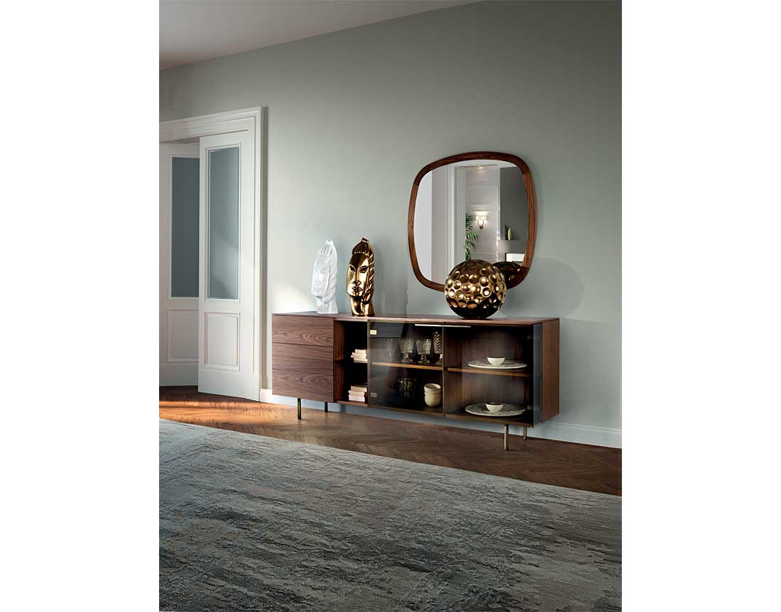 Star-madia-con-struttura-e-piano-placcati-noce-canaletto-e-ante-in-vetro | Star-sideboard-with-structure-and-top-veneered-canaletto-walnut-and-glass-doors